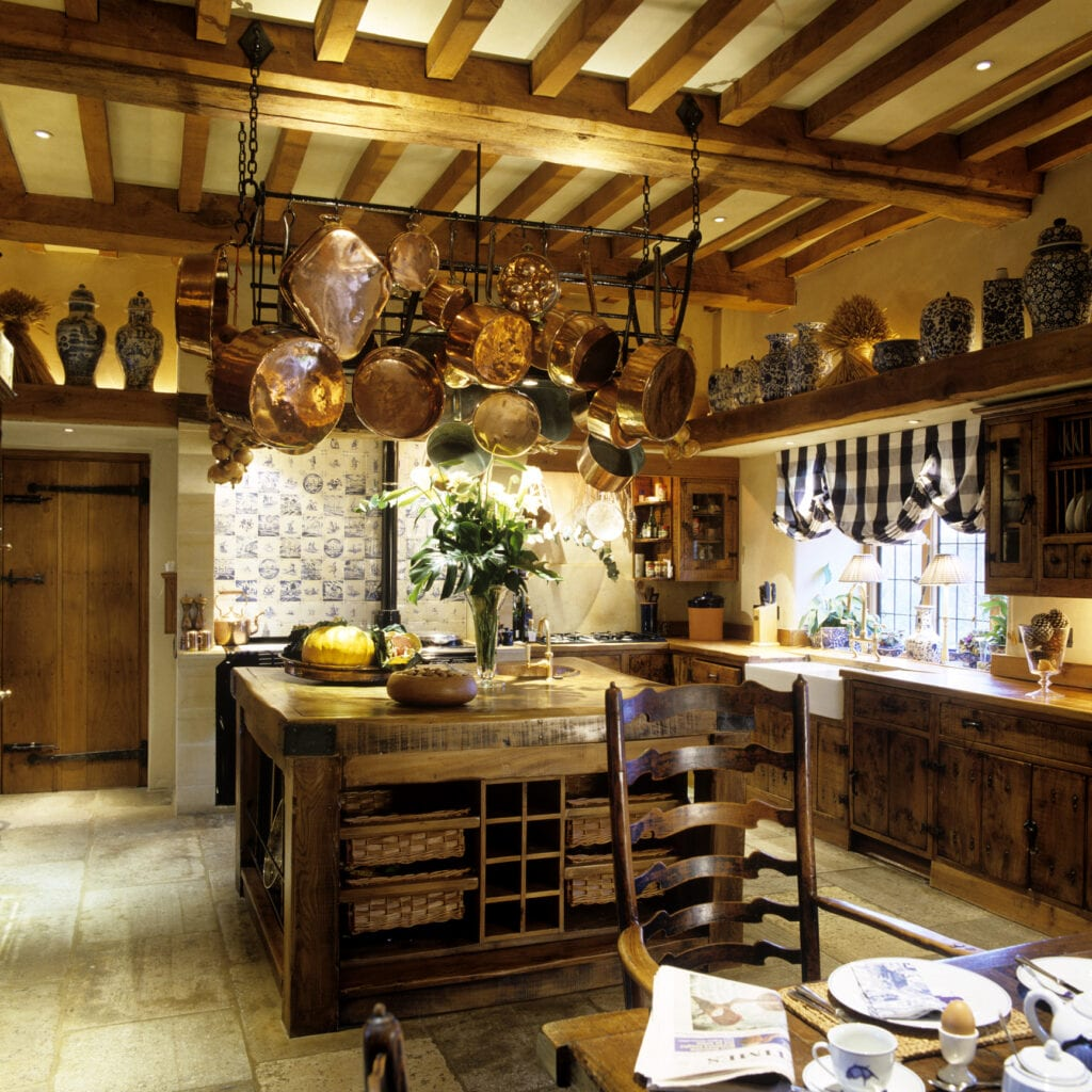 18 Times Exposed Ceiling Beams Made The Room