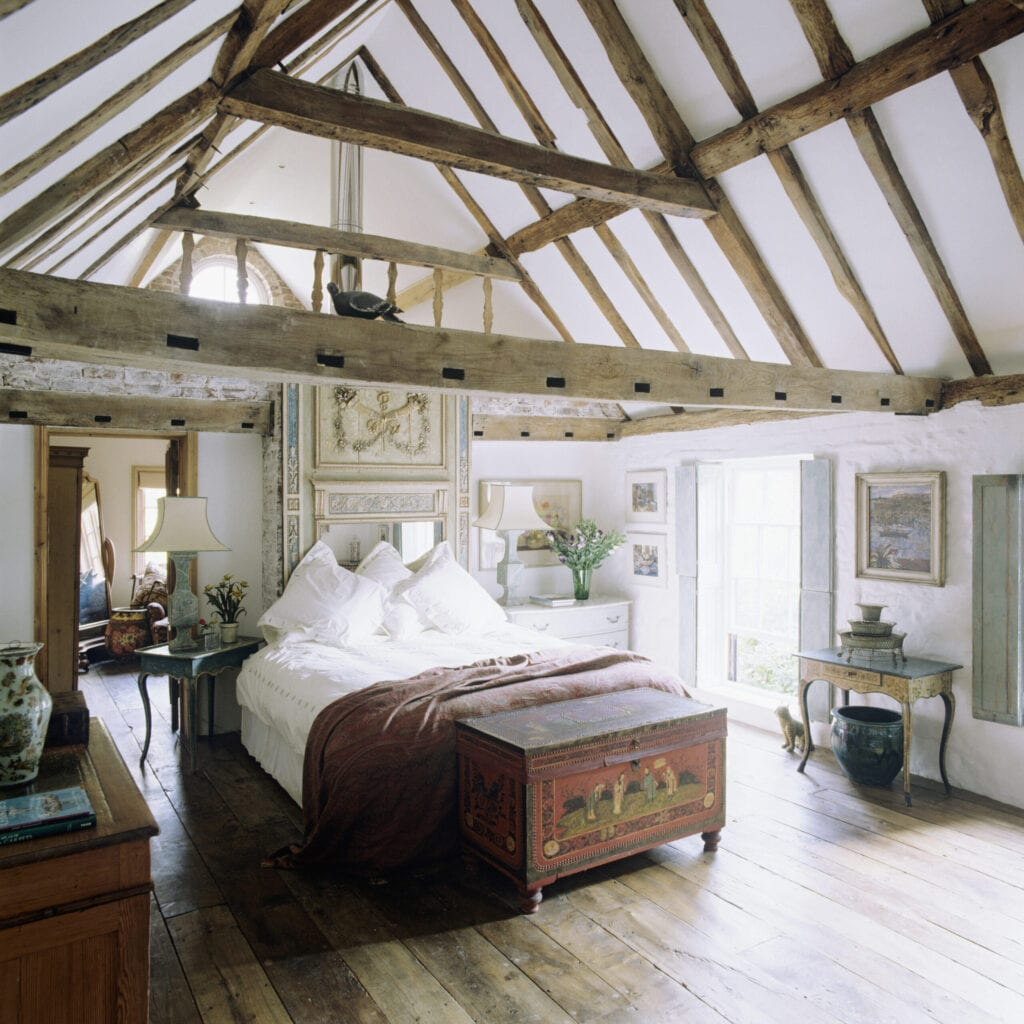 Coaching inn and stable conversion belonging to Arundel antiques dealer