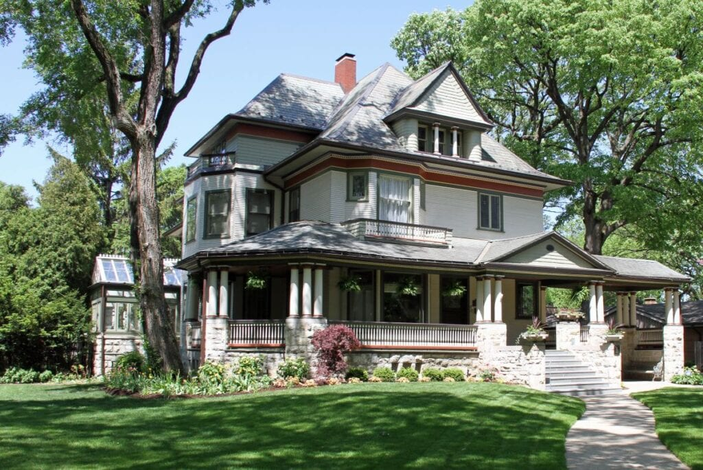 Historic house in Illinois where Frank Lloyd Wright worked