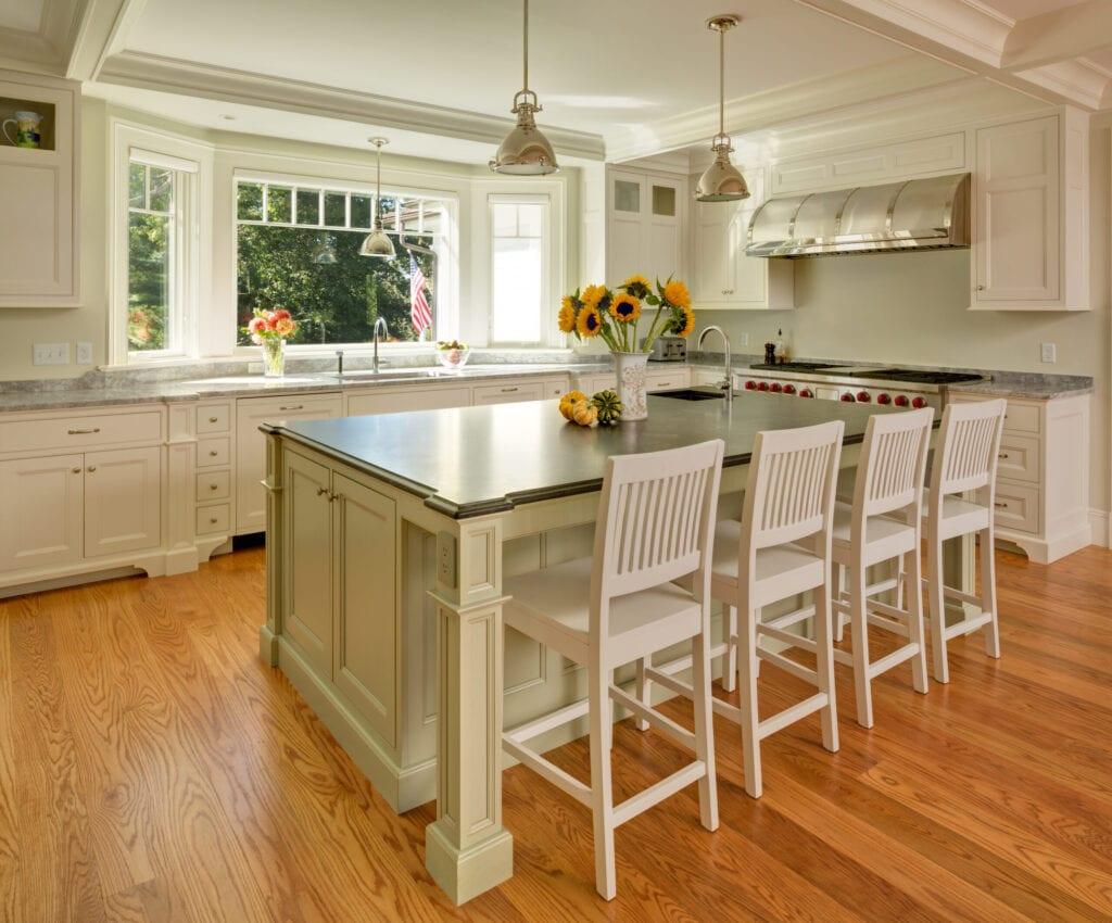 Traditional style custom kitchen with hardwood floors.