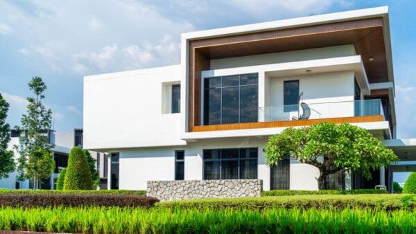 Upper class Modern house