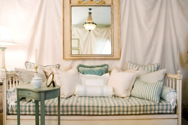 6 Daybed Ideas We Re Daydreaming About Mymove