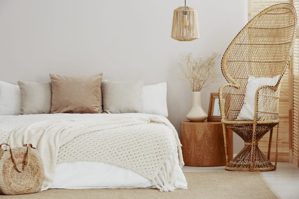 You Ll Want To Stay In Bed Longer With These Fall Bedding Ideas And Trends