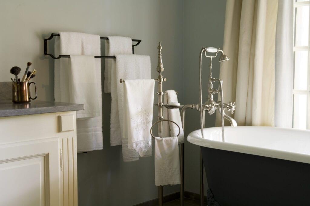 french decor styled bathroom bathtub