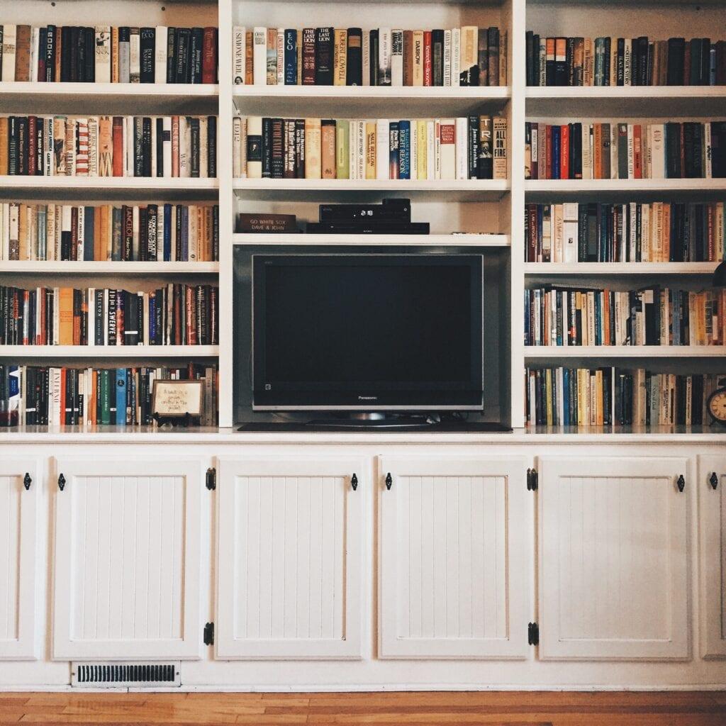bookshelf kitchen