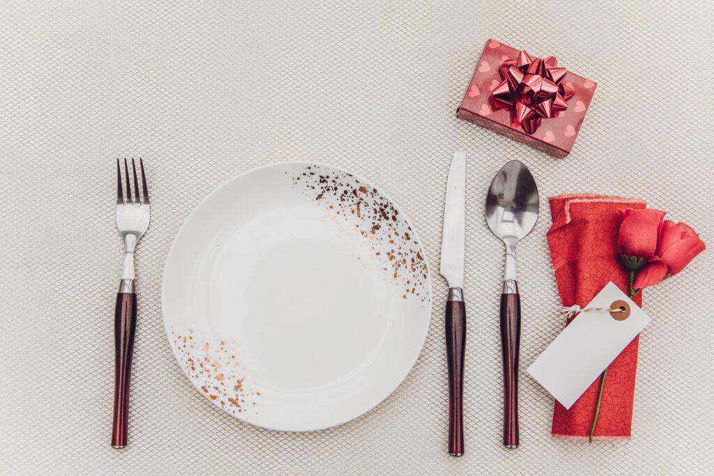 setting table for christmas