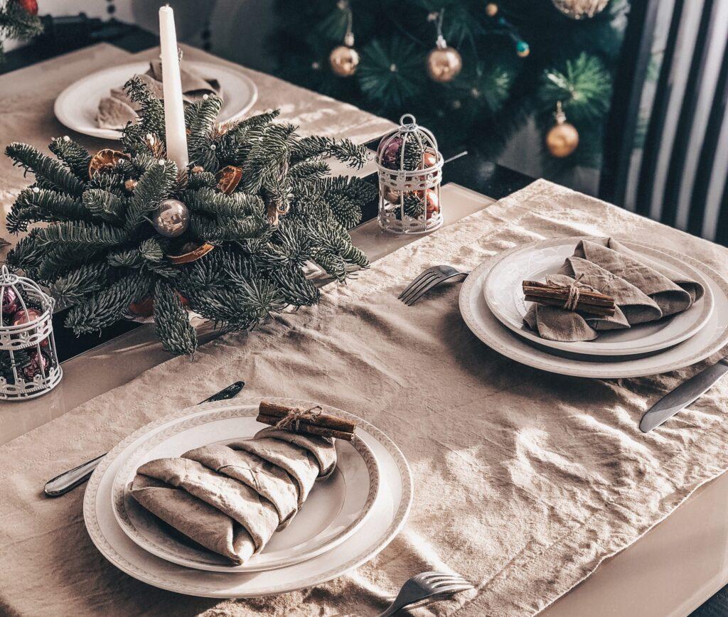 Christmas tree table setting