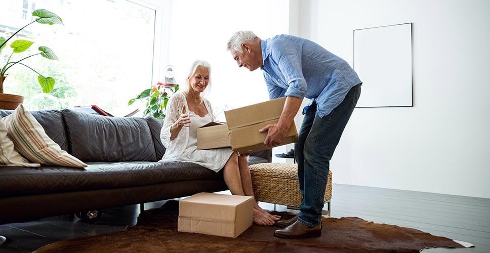 Как выбрать услугу доставки мебели