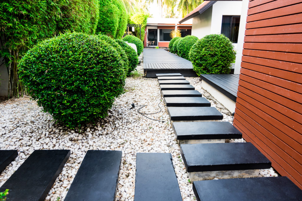12 Simple Front Yard Landscaping Ideas Mymove