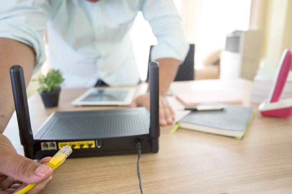 modem v router