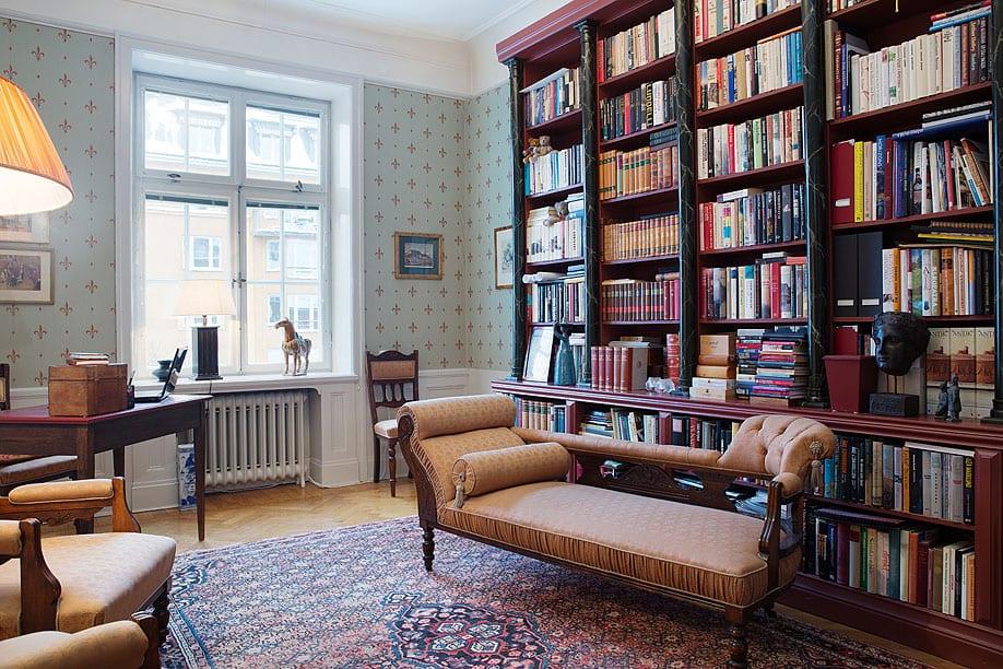 30 Classic Home Library Design Ideas (16)