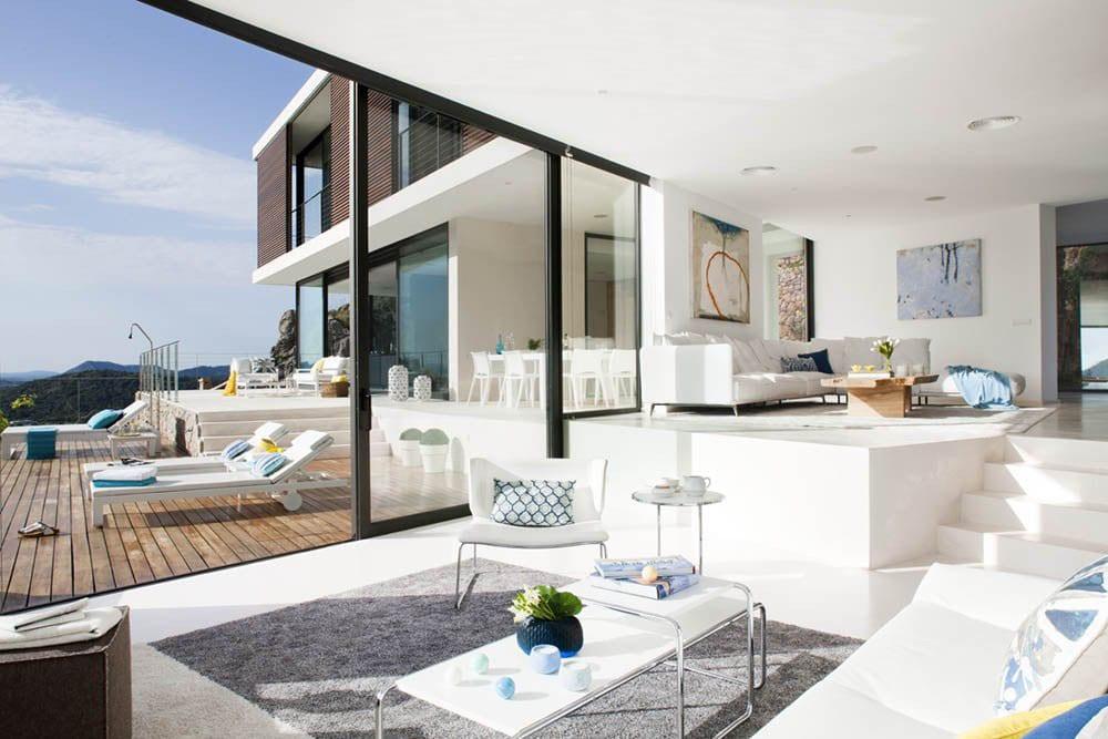 30 Modern Floor-to-Ceiling Windows (21)