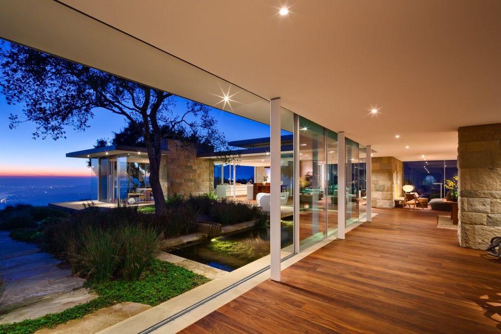 30 Modern Floor-to-Ceiling Windows (23)
