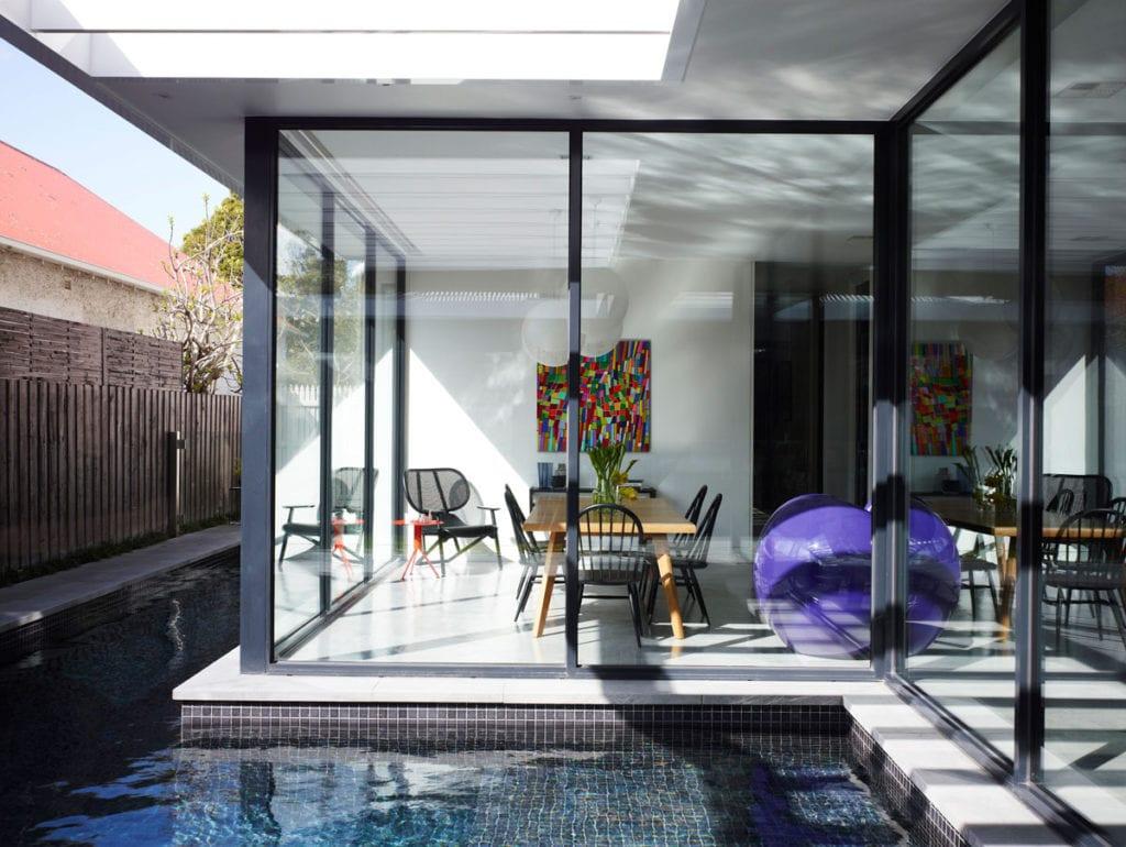 30 Modern Floor-to-Ceiling Windows (24)
