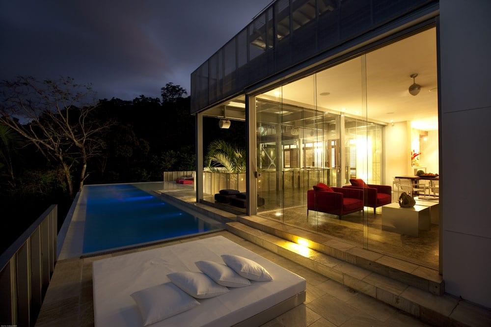30 Modern Floor-to-Ceiling Windows (27)