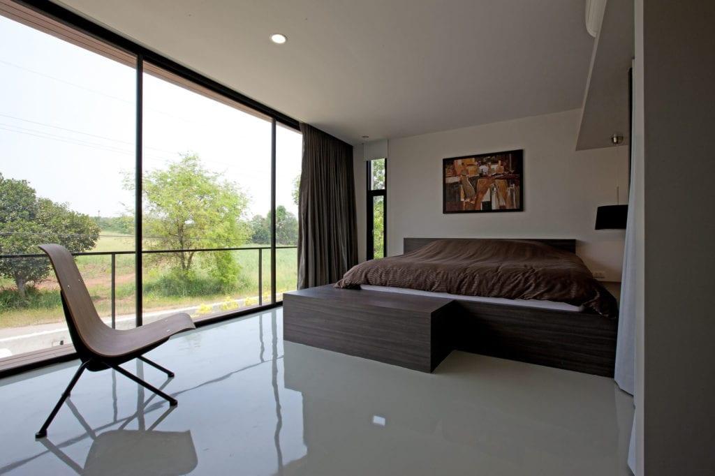 30 Modern Floor-to-Ceiling Windows (28)