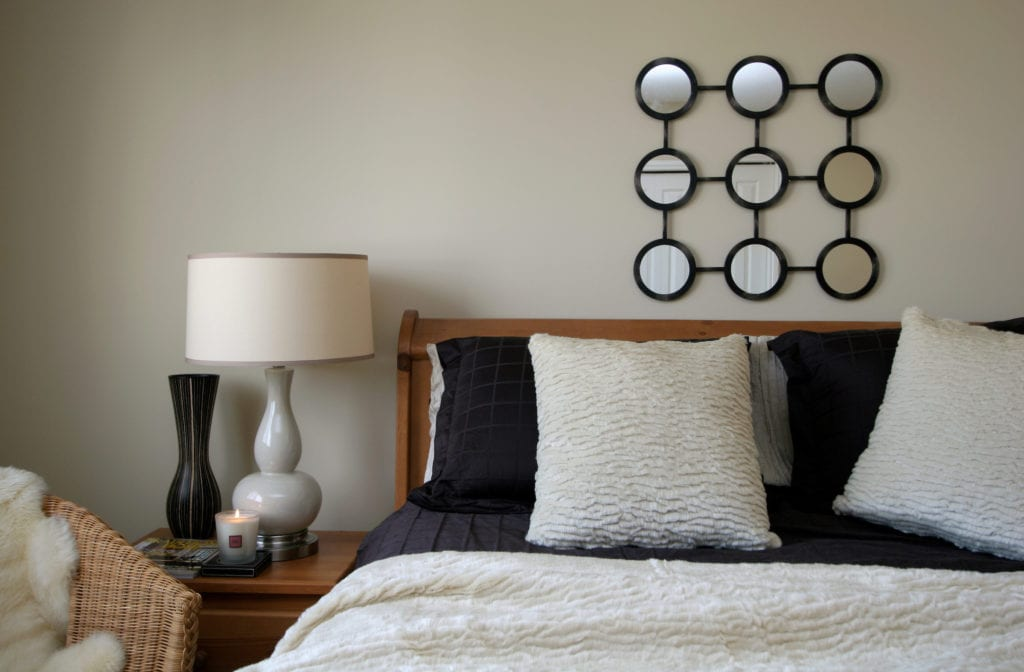 Image of: 30 Masculine Bedroom Ideas Evoking Style