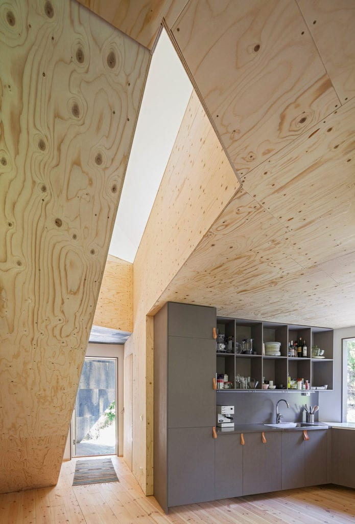 Happy Cheap House by Tommy Carlsson Arkitektur (5)