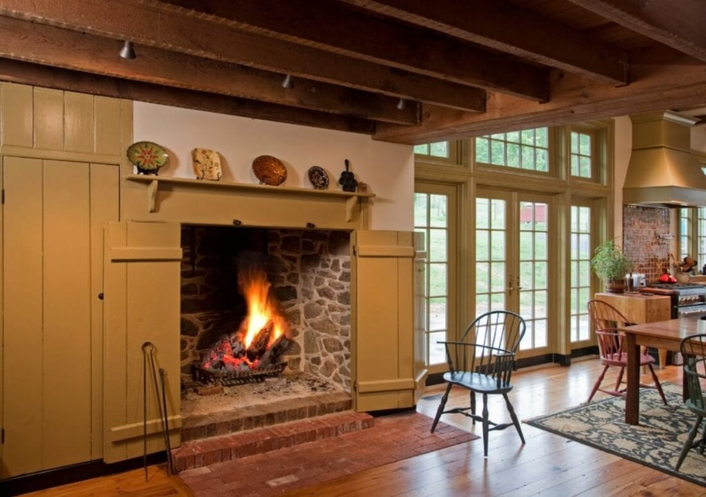 20 Of The Coolest Indoor Fireplaces
