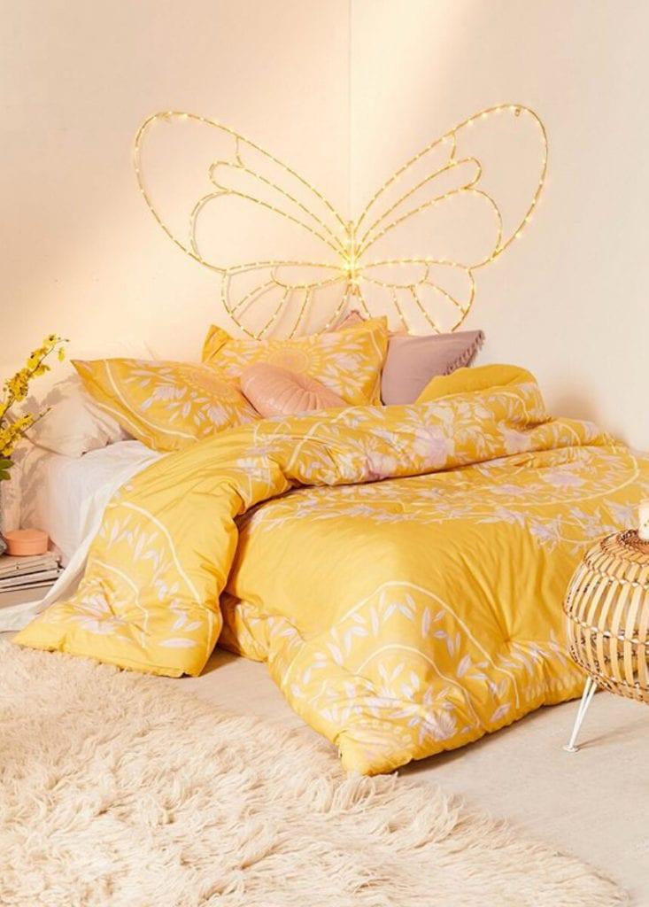 yellow bedding set