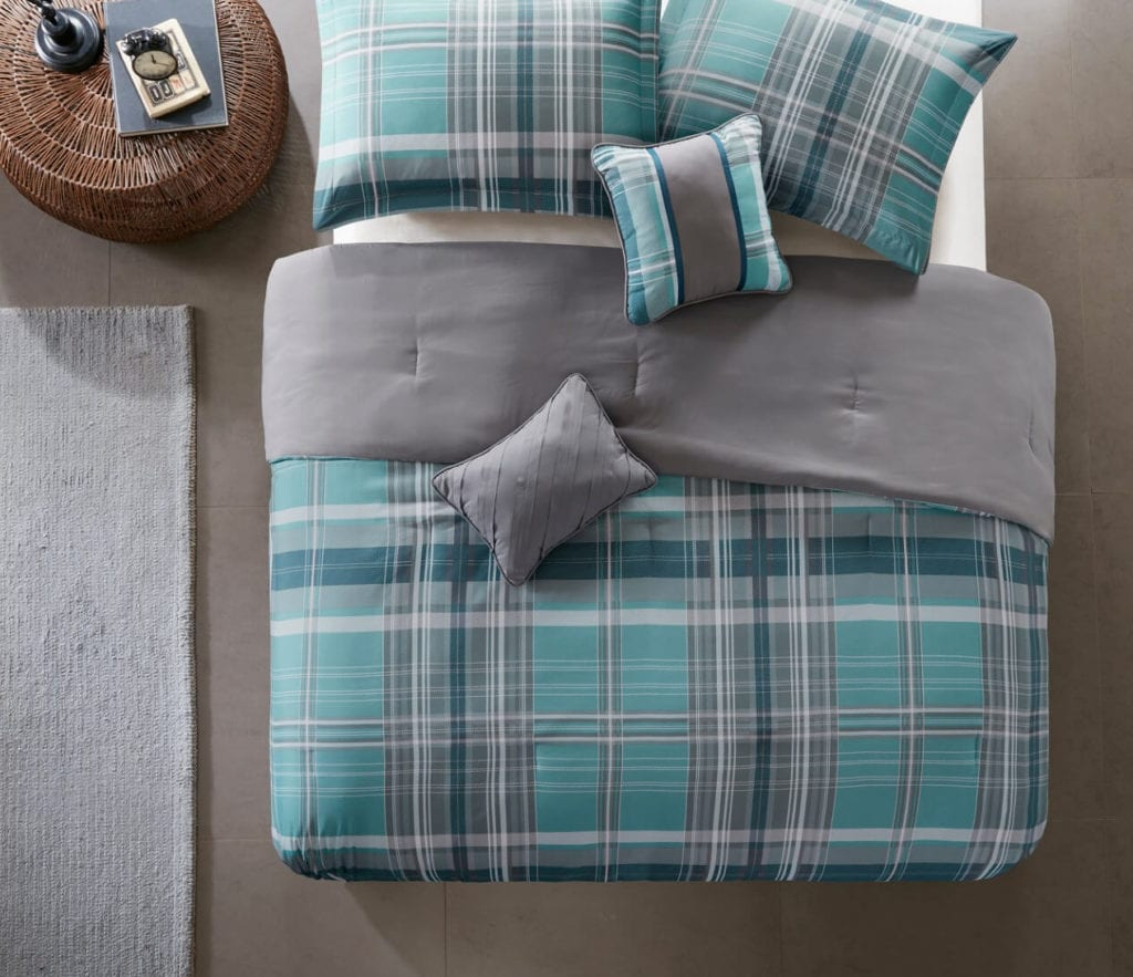 Plaid dorm bedding