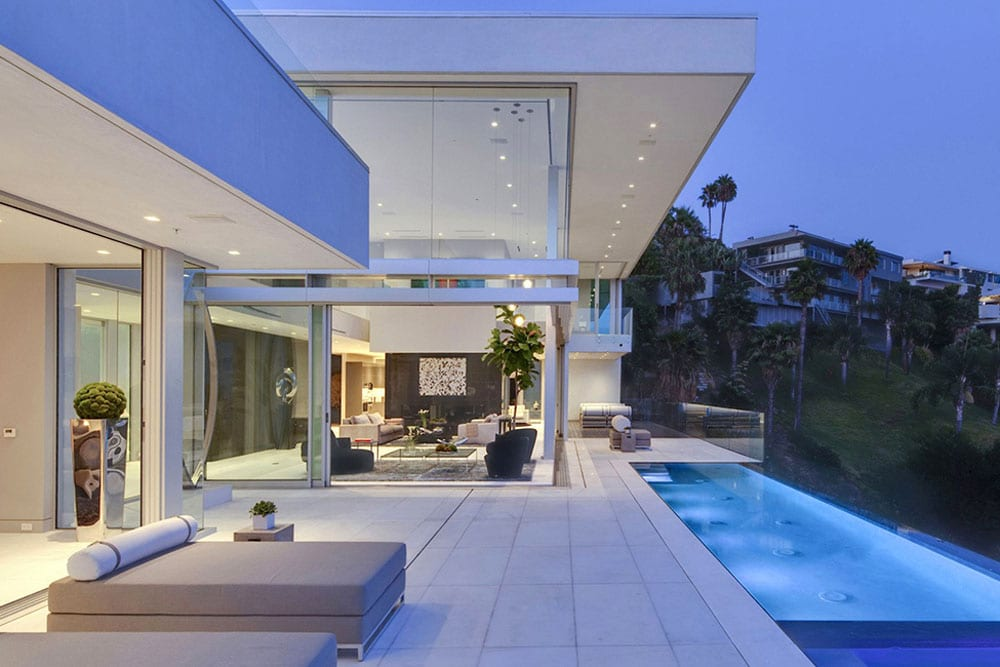 Luxurious Hollywood Mansion - Oriole Way McClean Design (1)
