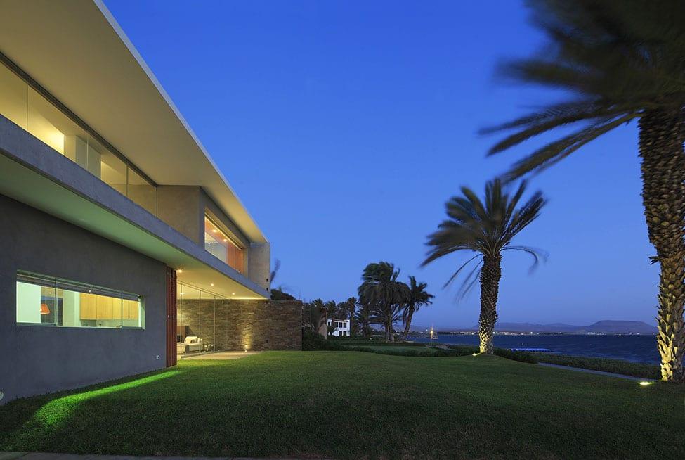 Mar de Luz Mansion by Oscar Gonzalez Moix (25)