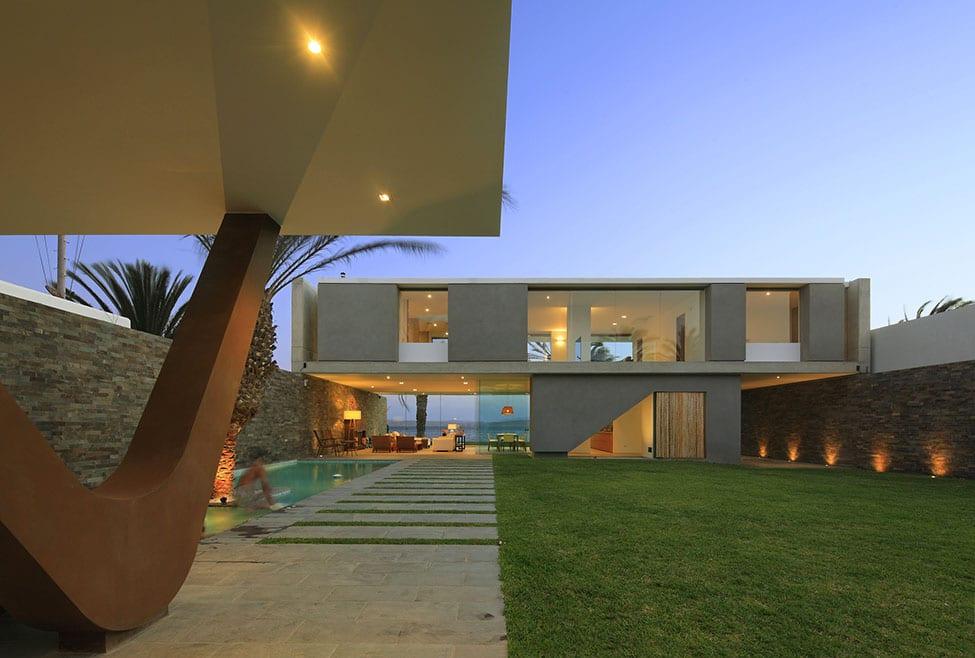 Mar de Luz Mansion by Osr Gonzalez Moix (28)