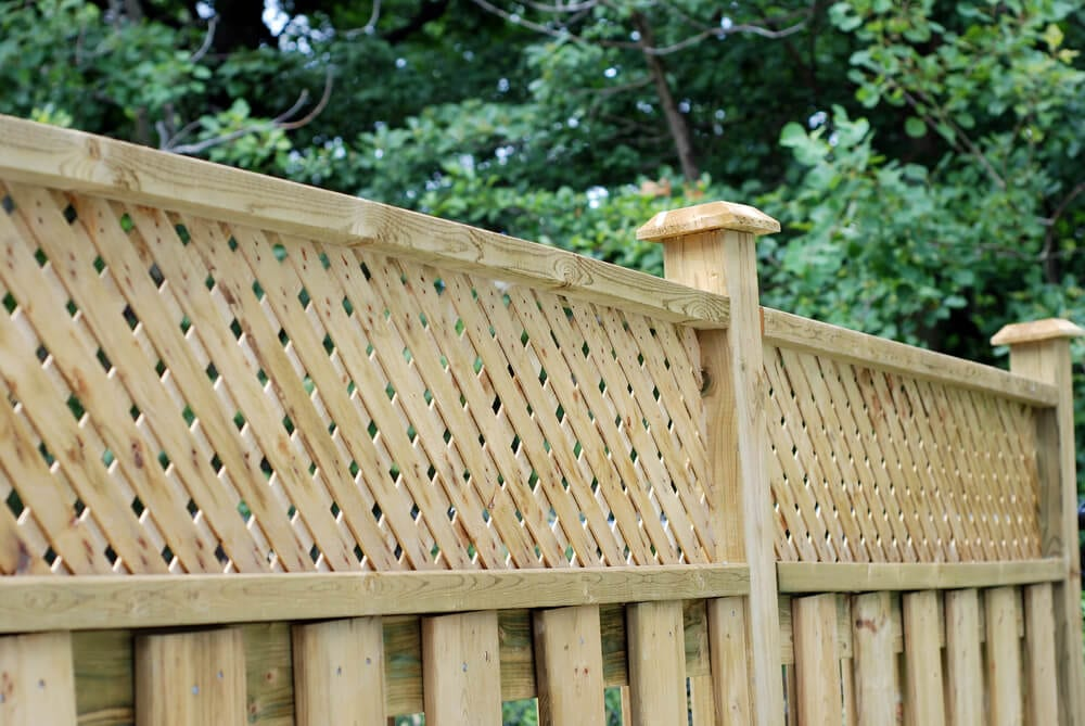 Partial Privacy Fences Lattice Panel