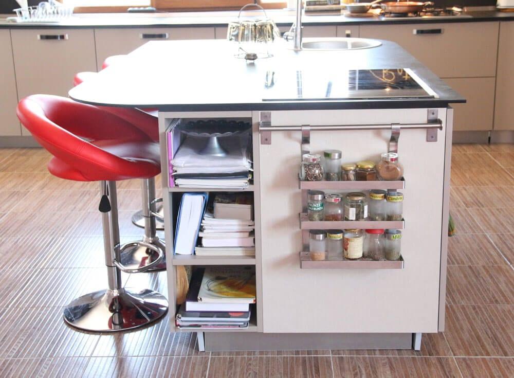 TV studio kitchen for Oana Grecea by Euphoria Kitchens Hall (8)
