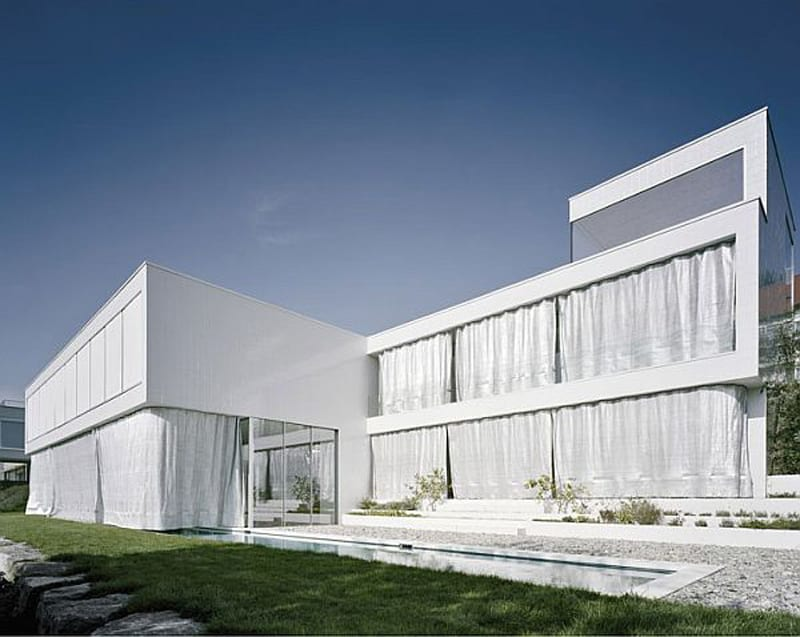 The-house-when-viewed-from-outside-with-cubix-shape