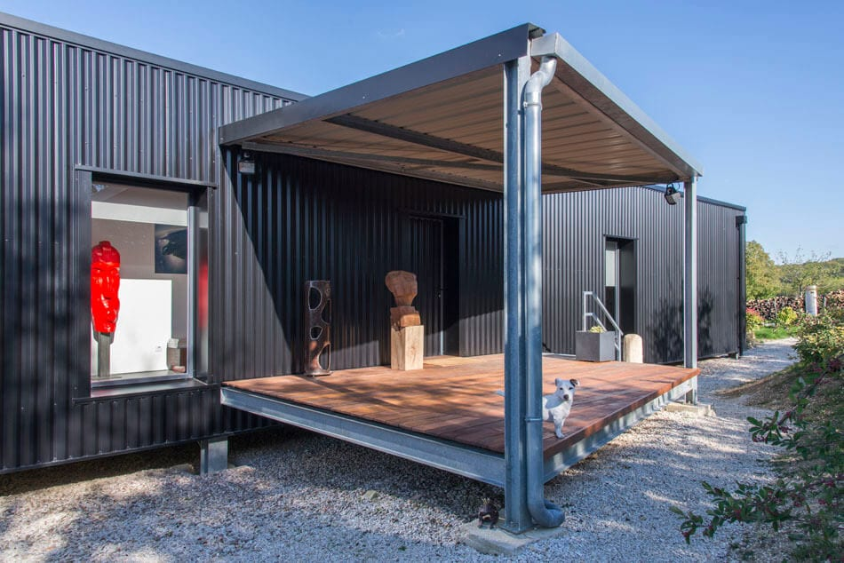 Un Dernier voyage french countryside home by Spray Architecture
