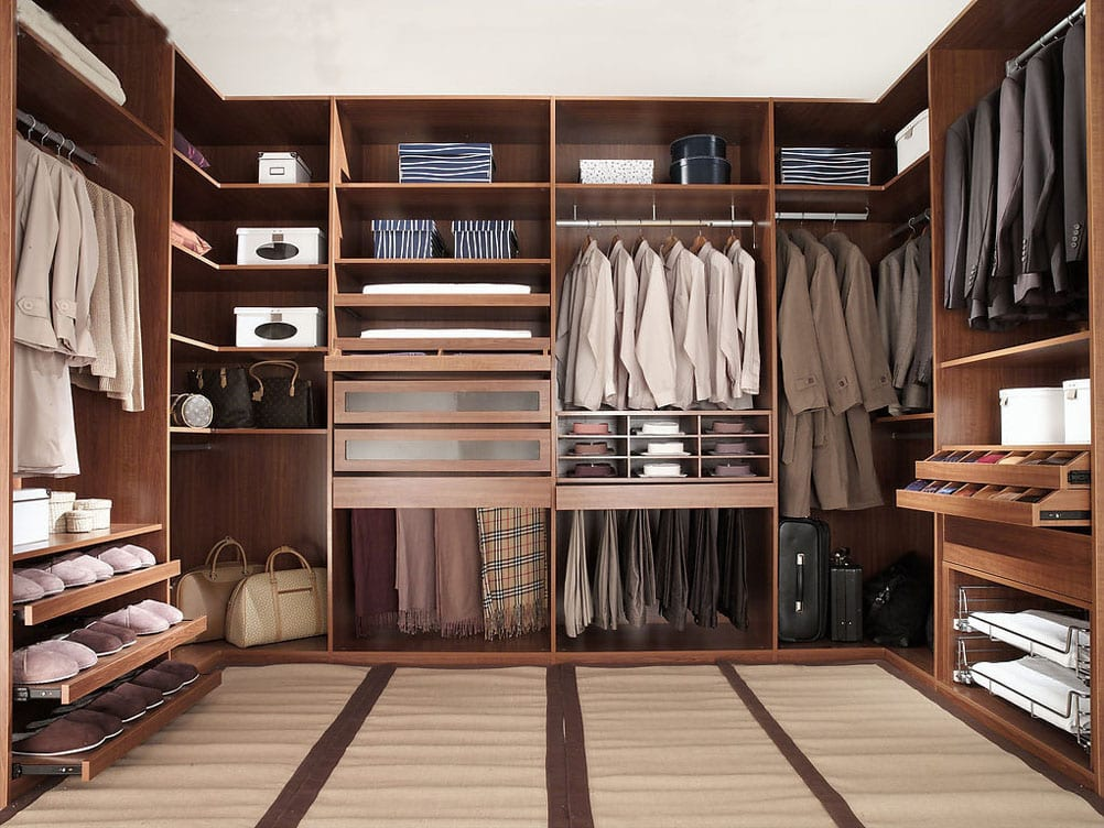 Walk-in Closet for Men - Masculine closet design (1)