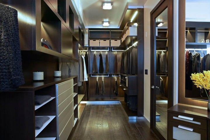 Walk-in Closet for Men - Masculine closet design (13)
