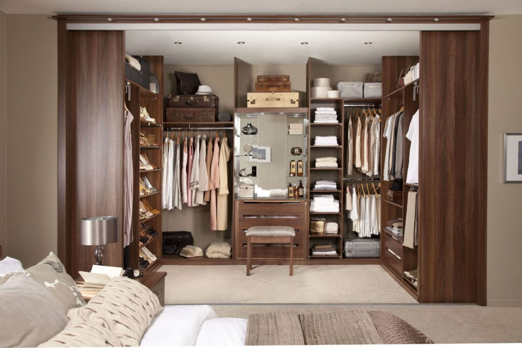 Walk-in Closet for Men - Masculine closet design (22)
