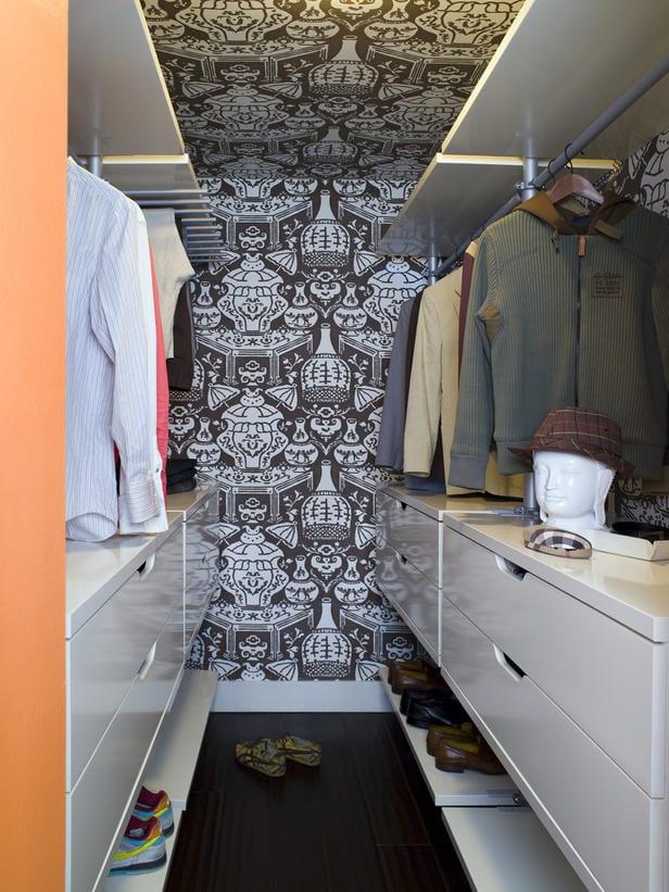 Walk-in Closet for Men - Masculine closet design (28)