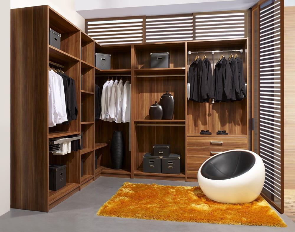 Walk-in Closet for Men - Masculine closet design (5)