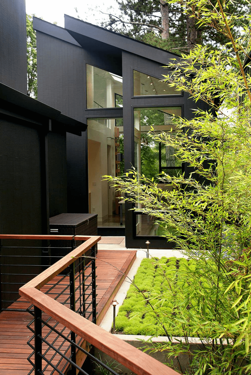 20 Dramatic Home Exteriors Proving Black Is The New Black