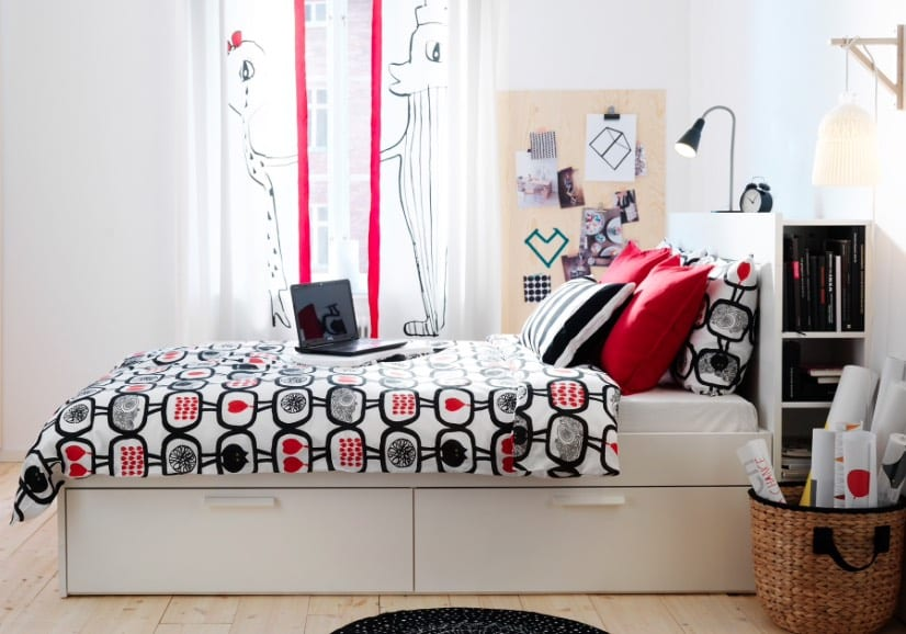 storage beds with drawers