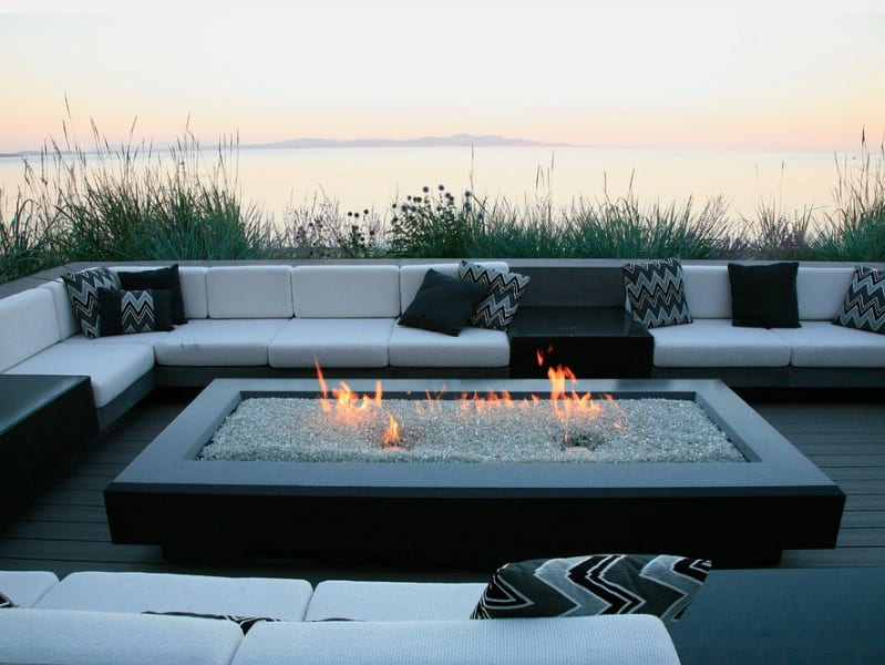 25 Of The Hottest Fire Pit Ideas For Your Yard