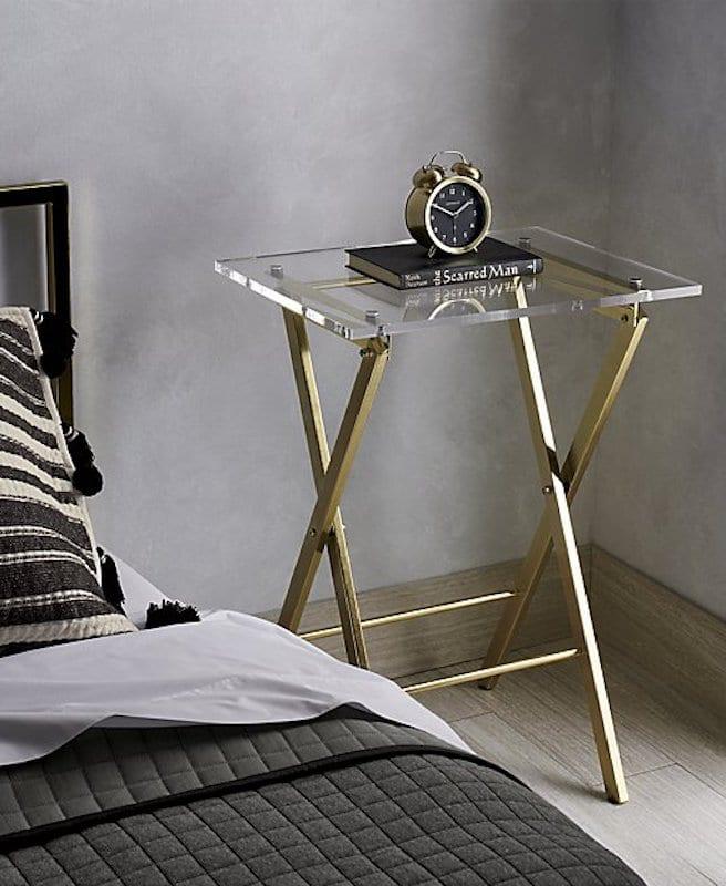 guest bedroom essentials - clock