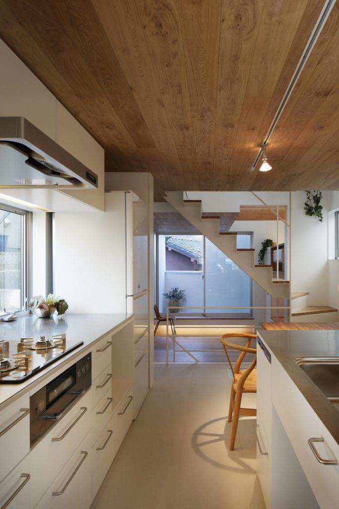 narrow house 5