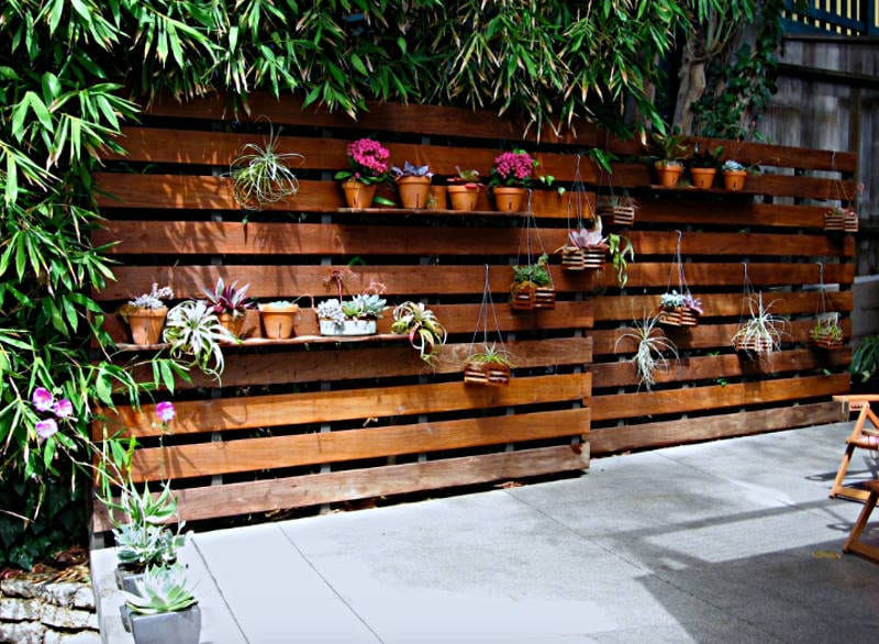 recycling pallets into furniture - freshome.com