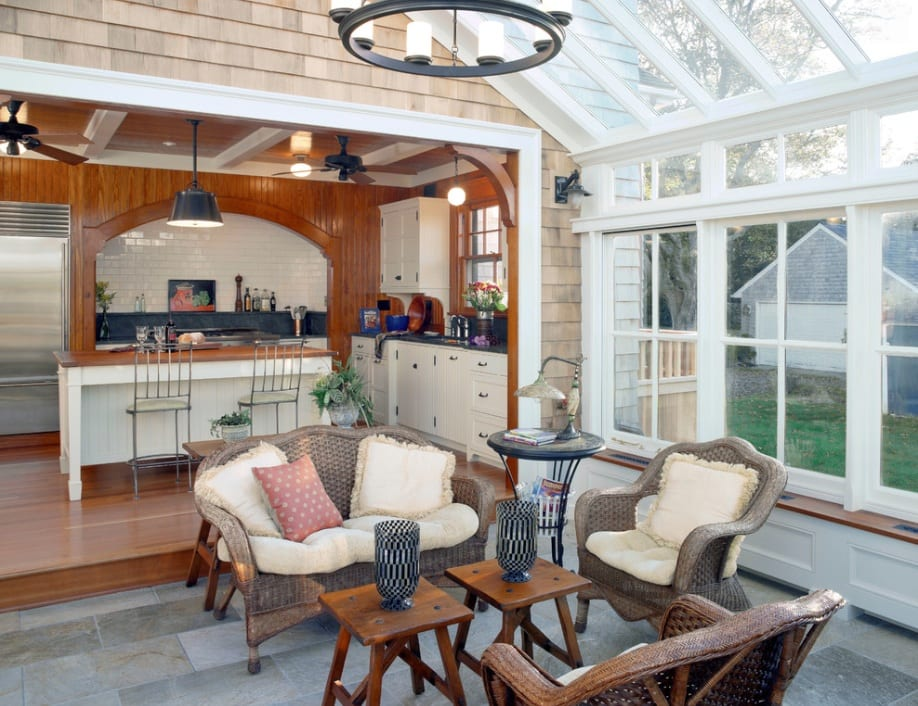outdoor porch built-in patio