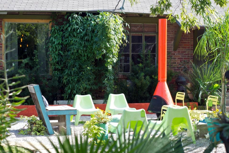 outdoor_seating_area_orange_chimey
