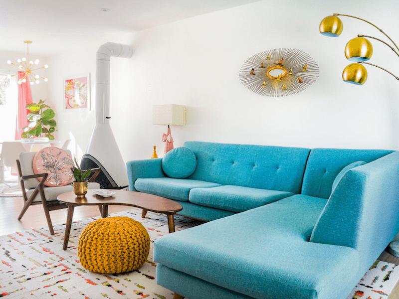 palm springs - bright living room