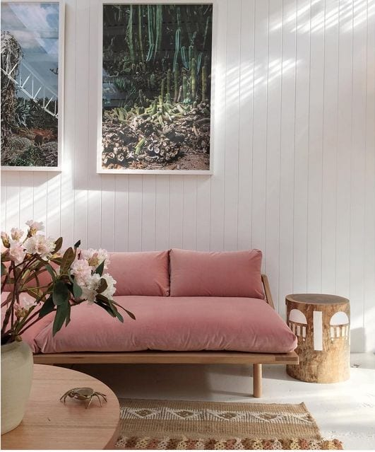 pink-daybed