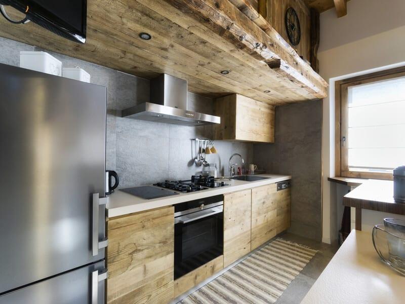 Modern wooden accent kitchen