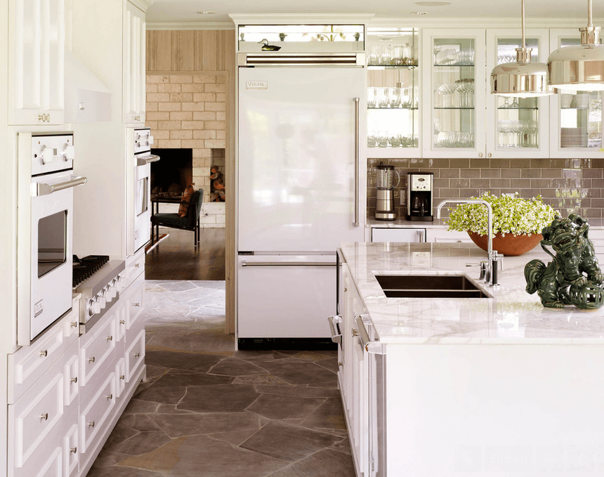 white fridge and stove