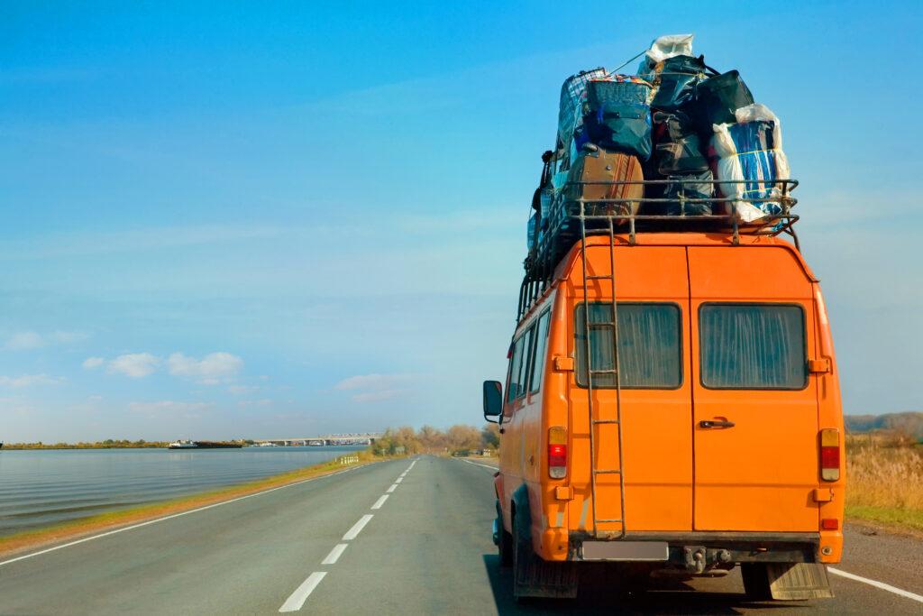 Organe moving van cross country